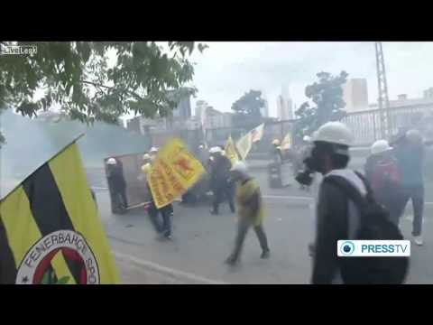 Raw footage Turkey May Day protests hit by tear gas near Taksim Square