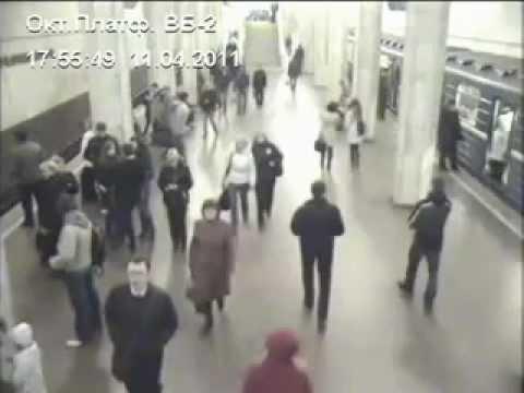 Взрыв на Октябрьской минского метро с разных камер