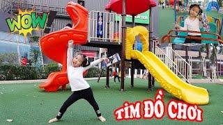 TÌM ĐỒ CHƠI BẤT NGỜ - Surprise Toy Hunting at Playground ♥ Dâu Tây Channel