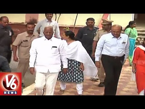 Minister Kadiyam Srihari Review Meet On Implementation Of Welfare Schemes | Warangal | V6 News