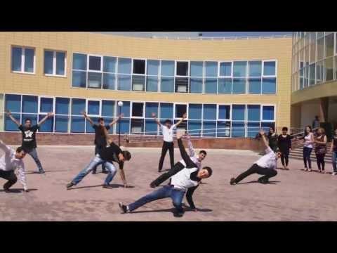 ФМН НИШ г.Шымкент танец кураторов, учителей и школьников