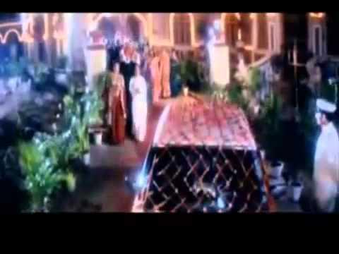 Dulhe Ka Sehra Suhana Lagta Hai - Dhadkan - English Subtitles...