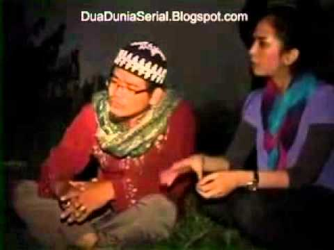Dua Dunia - Ustad Hakim Vs Genderuwo video