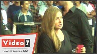 بالفيديو.. ليلى علوى وإلهام شاهين ومنة فضالى وسمية الخشاب فى عزاء خالد صالح