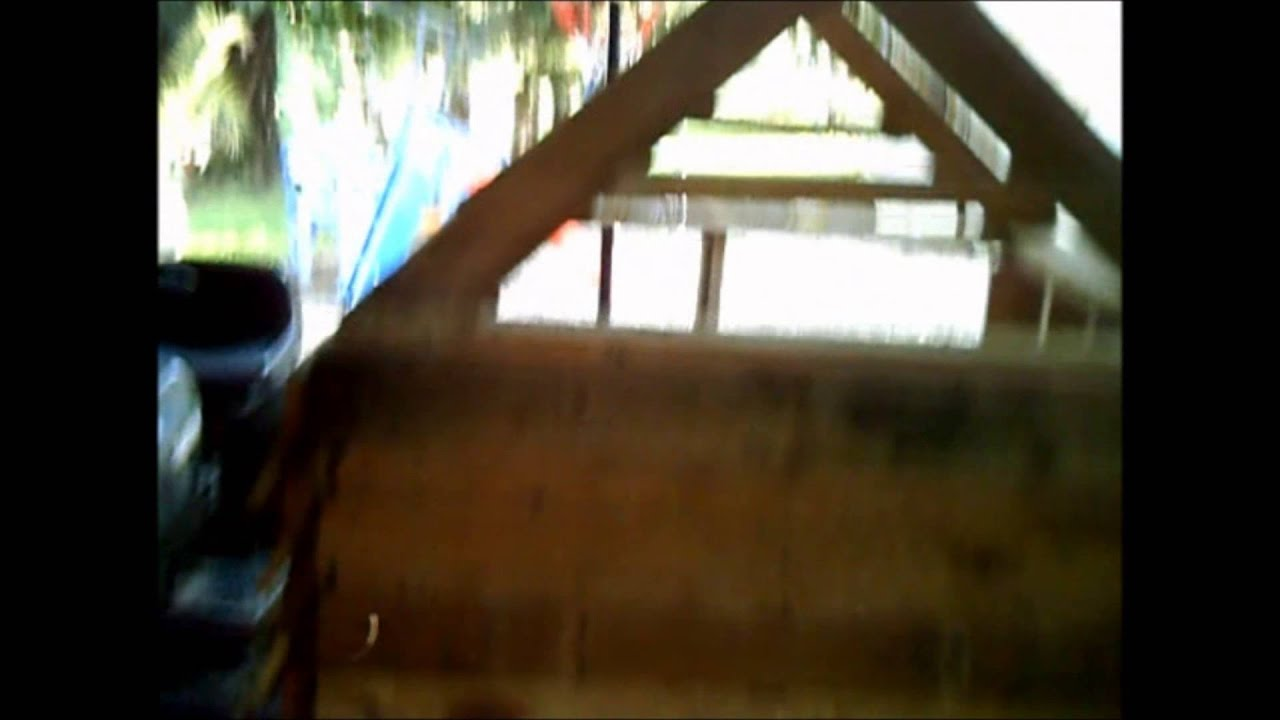 L 39 aide de palettes fabrication d 39 une niche chien - Fabriquer une niche pour chien en palette ...