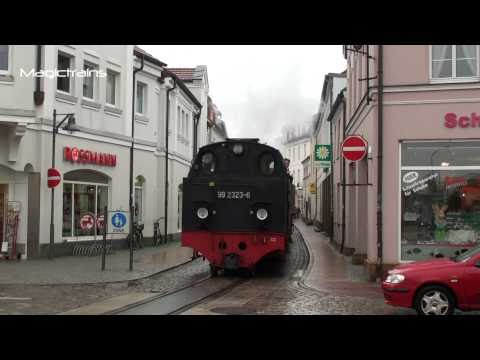 Steam Train In Town / Die Molli Bäder Bahn