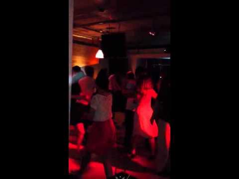Swing dance at Fubar Chidlom