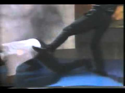 Bruce Lee's Fighting Method   Basic Training & Self Defense Techniques clip14 Image 1