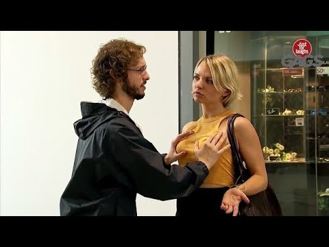 ब्रा कसे खरीदे || Bra Shopping Breast Examination