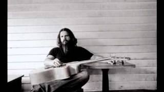 Watch Jamey Johnson Cover Your Eyes video