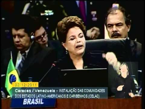 CARACAS - Boletim com discurso da presidenta Dilma e foto oficial com representantes da CELAC