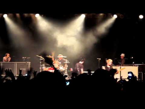 Green Day - Boulevard of Broken Dreams - Tempe AZ - 2013.03.11