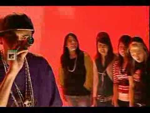 Chris Brown - Yo Excuse Me Miss (  Live  MTV  )