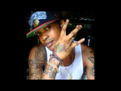 tommy Lee Sparta december 2012 Psycho Remix she Nae Naebuss A Blank video
