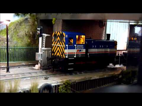 Bachamnn Network Southeast livery Class 03 fitted with DCC Sound from Olivias Trains. Was an arkward task fitting the speaker I had to loose the drivers head...