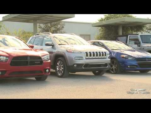 2014 Jeep Cherokee Park Assist | AutoMotoTV