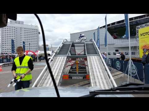 Тест драйв Land Rover Defender 110