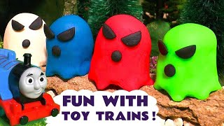Spooky Ghost Toy Stories | Learn colors with Thomas and Friends trains and funny Funlings TT4U