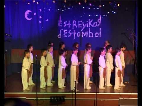 Ocho kandelikas-Estreyikas d'Estambol.2010