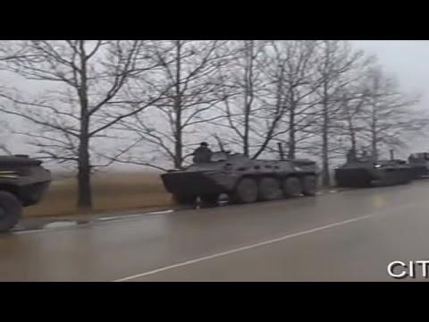 Ukraine War - Ukrainian road police stops Russian army convoy in Crimea Ukraine