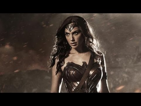 Wonder Woman Costume Breakdown - Comic Con 2014