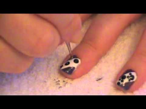 Easy Pawprint Nails!