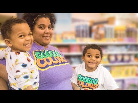 GOO GOO GAGA PRETEND PLAY GROCERY SHOPPING WITH MOMMY! LEARN HOW TO EAT HEALTHY thumbnail