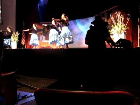 2009.9.5 NewHopeOahu 土曜礼拝のゴスペルフラダンス
