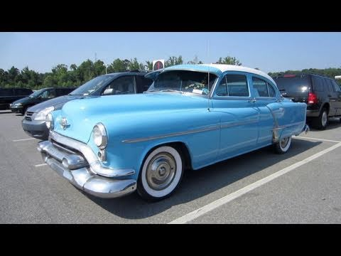 1953 Oldsmobile Rocket 88 Start Up. Exhaust. and In Depth Tour