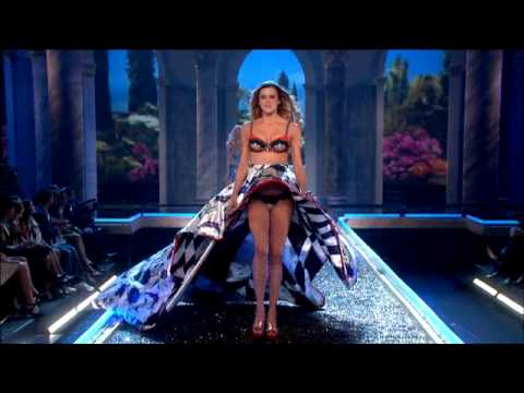 the-victorias-secret-fashion-show-2007-cats-walk.html