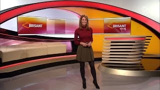 Mareile Höppner - Brisant HD - 10.12.2016 - Red Blouse, Green Skirt, Nylons & Ankle Boots
