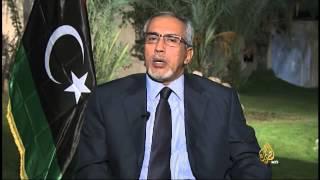 بلا حدود- عمر الحاسي يكشف خطأ الثورة الليبية