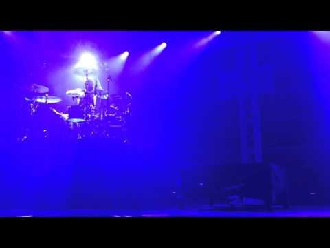 Twenty One Pilots - Car Radio (Live in Singapore 16-7-15)