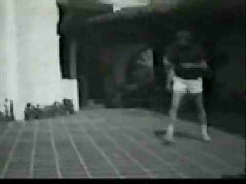 Bruce Lee Training Video 56 (www.sportsacademy.tv) Image 1