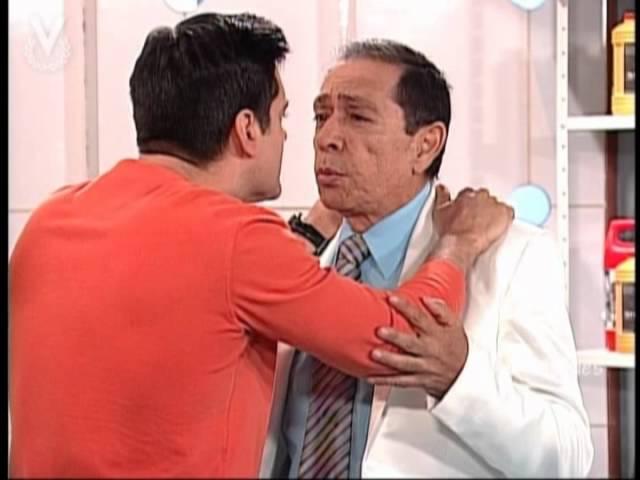 A Que Te Ries - Carlos Montilla