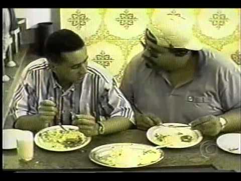 """Pegadinhas do Pedrinho Tonelada - """"Folgado Almoçando"""""""