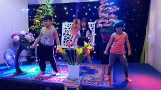 Nhảy Dance Gia Hân Diệp Triển 2