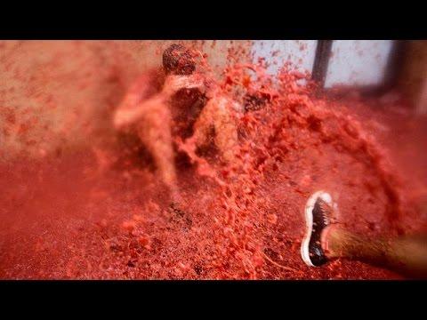 Spain: Tomatina festival