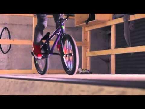 Harry Main 2012 Nike edit