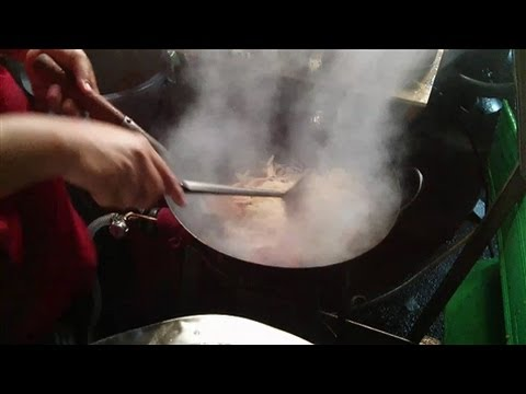 Fire Wok Noodles  (Chinese Street Food)