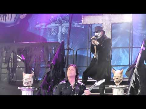King Diamond - Digging Graves