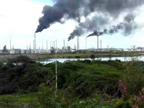 Curacao Isla refinery flares black smoke 2008 PDVSA part 2