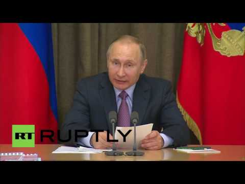 Russia: Putin praises defence procurement completions for 2015