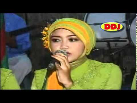 Lagu Religi Shola 'alaik.mp4 video