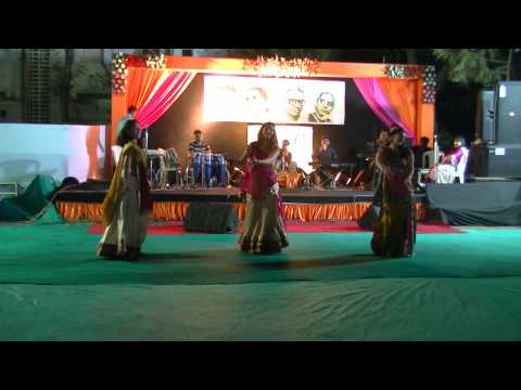 Mehendi Hai Rachne Wali Dance  Stutis Sangeet Sandhya