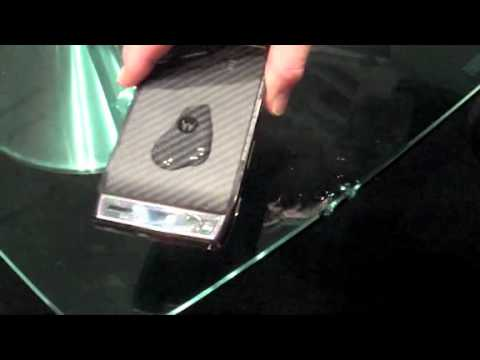 Motorola Razr SplashGuard video demo
