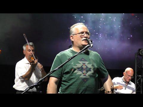 Raktárkoncert: Csík zenekar