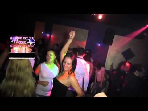 Sonerie telefon » LIVE Denisa – Disco Silver Moon Vercelli (partea 2)