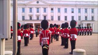 Queen 39 S Guard Playing James Bond Theme