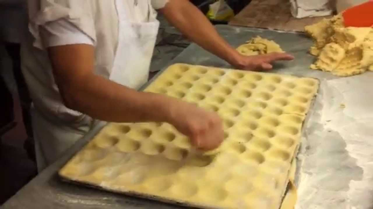 Veniero 39 s baker making handmade tart shells youtube for How to make canape cases